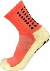 Zonder merk Gripsokken voetbal oranje - sportsokken - grip - one size - anti blaren - compressie - prestatieverhogend - tennis - hardlopen - handbal - sporten - fitness