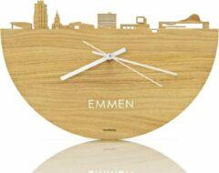 Bruine WoodWideCities Skyline Klok Emmen Eikenhout - Ø 40 cm - Woondecoratie - Wand decoratie woonkamer