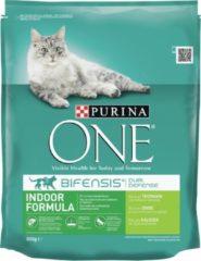 Kattenvoer one indoor rijk aan kalkoen & volkoren granen brokjes 800 gr Purina