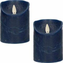 Marineblauwe Anna's Collection 2x Donkerblauwe LED kaarsen / stompkaarsen 10 cm - Luxe kaarsen op batterijen met bewegende vlam