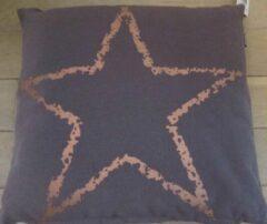 ZoeZo Design Sierkussen met afneembare hoes, kleur: taupe/bruin met koperkleur ster in linnenlook. 48 x 48 cm