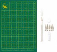 Groene Hobby & Crafting Fun A4 Snijmat - 220 x 300 x 2 mm + Snijmesje en Inclusief 5 Reserve Mesjes