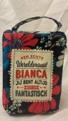 History&heraldy Shopper bag dames met leuke tekst EEN ECHTE WERELDVROUW BIANCA JIJ BENT ALTIJD MEER DAN FANTASTISCH winkeltasje Wordt geleverd in cellofaan met linten