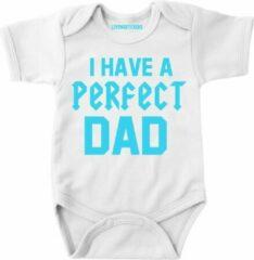 Lichtblauwe Livingstickers Baby rompertje met tekst-I have a perfect dad - Maat 62