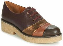 Bordeauxrode Nette schoenen Chie Mihara YELLOW