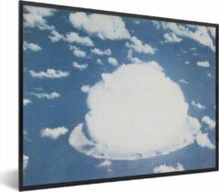 PosterMonkey Foto in lijst - Atoomexplosie bij bikini fotolijst zwart zonder passe partout 80x60 cm - Poster in lijst (Wanddecoratie woonkamer / slaapkamer)