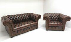 "Bruine Chesterfieldsite Chesterfield bankstel ""Winchester"" - 2 zits + Fauteuil - antiek brown leder"