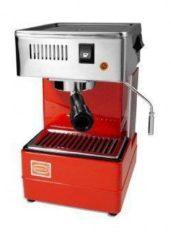 Zwarte Quick Mill 820 espressomachine 1,8 liter