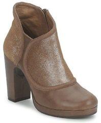 Bruine Low Boots Esska TILLY