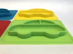 TOOBS Handige siliconen bordjes in auto motief 4 stuks| Kinderservies |Babybordje | Kinderbordje | groen/blauw/geel/rood | BPA en PVC vrij bord 4 stuks