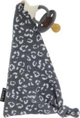 Donkergrijze Louka speendoekje driehoek panter print donker grijs | meisje | jongen | Hydrofiel katoen | speenknuffel | speen |