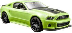 Maisto - Ford Mustang Street Racer 2014 - Kleur Groen Schaal 1:24