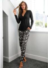 Zwarte LASCANA pyjama in klassiek design met overhemdkraag en knoopsluiting