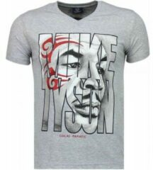 Grijze T-shirt Korte Mouw Local Fanatic Mike Tyson Tribal - T-shirt