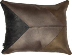 Donkergrijze Limelight Sierkussen Triangle 40x50cm Brons, gemaakt van 100% leer.
