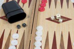 Backgammon Rood accenten - Eik en Walnoot - Prachtig 38x23cm Top Kwaliteit