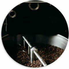 Grijze KuijsFotoprint Dibond Wandcirkel - Koffiebonenmachine - 60x60cm Foto op Aluminium Wandcirkel (met ophangsysteem)