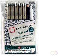 Bruine Royal Talens Zentangle Original tool set 12 (4 Pigma Micron fineliners, 1 Pigma Graphic stift, 1 Bruynzeel doezelaar, 1 Bruynzeel HB potlood, 5 witte tiles)