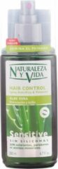 Vormende Spray Hair Control Naturaleza y Vida