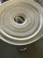 Zilveren Alufoam invoy 2mm Ondervloer voor Laminaat en Parket rol van 30m²(2x15m²)