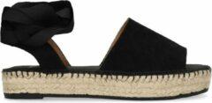 Manfield - Dames - Zwarte suède sandalen met lint - Maat 36
