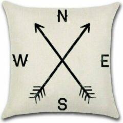 Beige By Javy Arrow - NESW Small - Kussenhoes - 45x45 cm - Sierkussen - Polyester