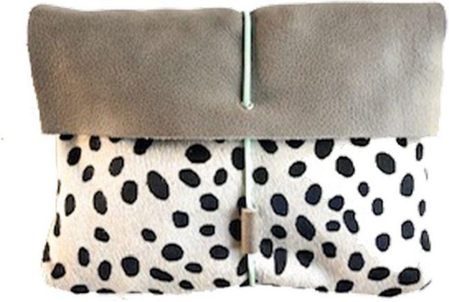 Afbeelding van Licht-grijze Mozz Bags Mozz Luieretui Leer Lichtgrijs Cheetah Mint