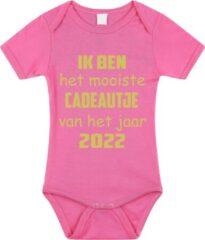 Merkloos / Sans marque Baby rompertje met leuke tekst | Ik ben het mooiste cadeautje van het jaar 2022 |zwangerschap aankondiging | cadeau papa mama opa oma oom tante | kraamcadeau | maat 80 roze goud