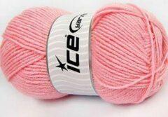 DEWOLWINKEL.NL Merino wol garen roze baby kleur – breiwol kopen 60% merinowol gemengd met 40% acryl garens – breigaren 100gram per bol pakket 4 bollen – acryl/wol breien op breinaalden 4 - 5 mm.