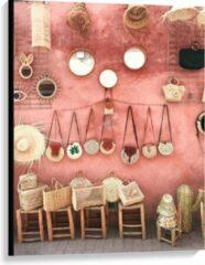 Beige KuijsFotoprint Canvas - Tasjes Hangend aan een Roze Muur - 75x100cm Foto op Canvas Schilderij (Wanddecoratie op Canvas)