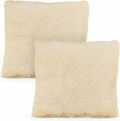 Creme witte Relaxdays pluche sierkussen - 2 stuks - 40x40 cm - woonkussen - zachte kussentjes crème