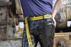 Zwarte PVC broek Mr Riegillio maat 40
