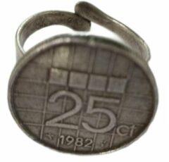 Zeeuws meisje Zeuws meisje - Ring - jaartal 1982 - Cadeau geboortejaar jubileum - Gulden munt kwartje - verstelbaar een maat- zwaar verzilverd
