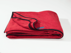 Rode Cocoon Fleece Blanket blackberry