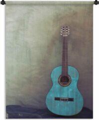 1001Tapestries Wandkleed Akoestische gitaar - Gekleurde akoestische gitaar in een kamer met een betonnen muur Wandkleed katoen 150x200 cm - Wandtapijt met foto