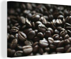 OneMillionCanvasses Canvas Schilderij Macro Eten - Close-up van donkere koffiebonen - 180x120 cm - Foto print op Canvas schilderij (wanddecoratie woonkamer / slaapkamer) XXL / Groot formaat!