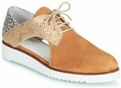 Bruine Nette schoenen Regard RIXULO V3 VEL CAMEL