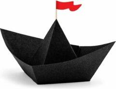 PARTYDECO - 6 zwarte papieren origami piratenboten - Decoratie > Tafeldecoratie beeldjes