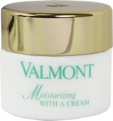 Valmont NATURE moisturizing with a cream