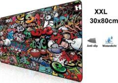 Beactiff Muismat Gaming XXL 80x30cm bureau onderlegger | Gaming Muismat | Mousepad | Pro Muismat XXL | Anti-slip | Desktop Mat | Computer Mat | Grafitti Art Edition uitvoering