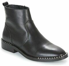 Zwarte Boots en enkellaarsjes 394505E6L by Bullboxer