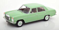 Mercedes-Benz 220D/8 ( W115) 1972 Lichtgroen 1-18 MCG Models