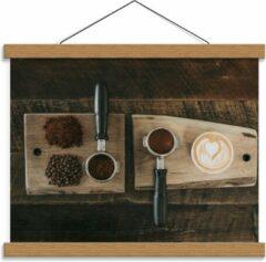 Beige KuijsFotoprint Schoolplaat – Gemalen Koffiebonen en Koffie op een Plankje - 40x30cm Foto op Textielposter (Wanddecoratie op Schoolplaat)