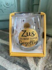 Gouden Creaties van hier Wijn - water glas / Zus jij bent supergezellig / wijnglas / waterglas / leuke tekst / moederdag / vaderdag / verjaardag / cadeau