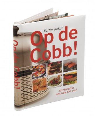 """Afbeelding van Zwarte Trendyard Cobb Kookboek """"Op de Cobb"""""""