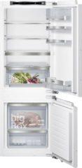 Siemens iQ500 KI77SADE0 koel-vriescombinatie Ingebouwd Wit 230 l A++