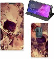 Oranje B2Ctelecom Motorola One Zoom Mobiel BookCase Skullhead