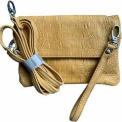Zaza'z - Clutch voor dames - Schoudertas - Geel - Magneet- en een ritssluiting - 13 x 20 cm - PU - Krokodillenprint - Leuk als schoudertasje en clutch te dragen