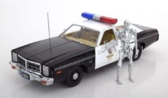 "Groene Dodge Monaco Metropolitan Police ""Film Terminator"" 1977 ( met T-800 Endoskeleton Figuur ) 1-18 Greenlight Collectibles"