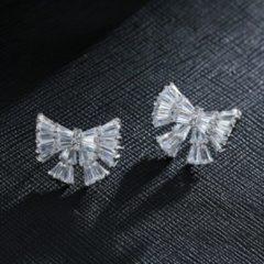 Geshe Oorbellen knopjes zilveren super blingbling vlinderstrik met zirkonia S925 platinum plated